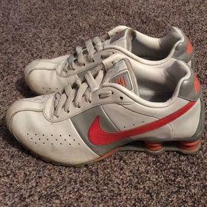 Women's 8.5 Classic Nike Shox